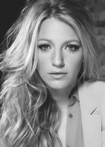 Blake Lively wallpaper possibly with a portrait called ♥