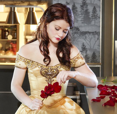 Once Upon A Time wallpaper containing a bridesmaid called Belle