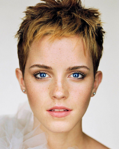 Blue eye emma wallpaper with a headshot in The Emma Watson Club