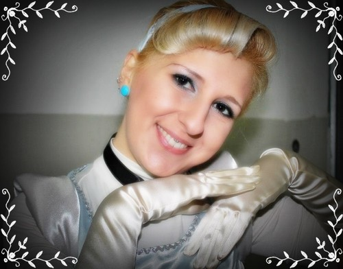 Cinderella Cosplay