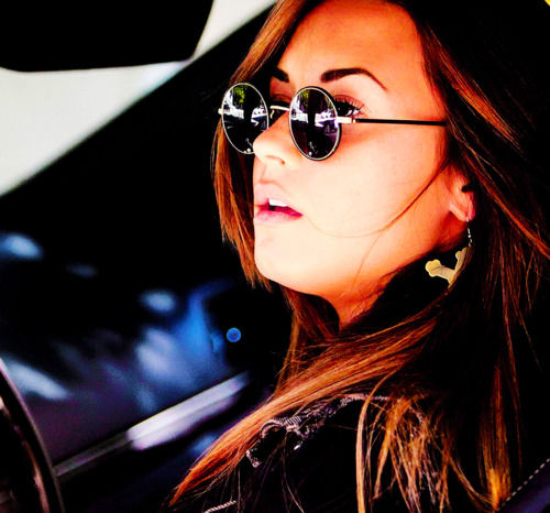 demi lovato wallpaper containing sunglasses called Demi