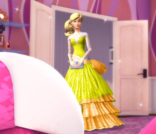 Eden in yellow গাউন, gown