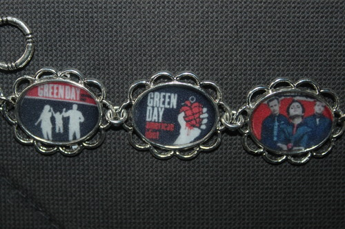 Green Day wallpaper entitled GREEN DAY bracelet