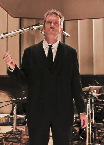 Hugh Laurie - Unchain My corazón (from Oceanway Studios) 13.02.2013
