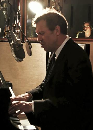 Hugh Laurie - Unchain My Heart (from Oceanway Studios) 13.02.2013