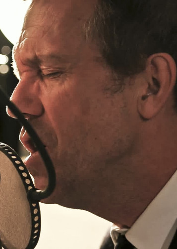 Hugh Laurie - Unchain My Heart (from Oceanway Studios) 13.02.2013