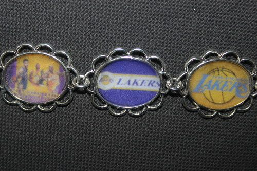 Los Angeles Lakers hình nền titled LA Lakers bracelet for her