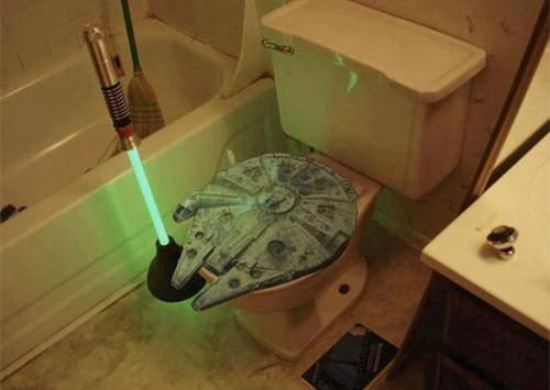 Lightsaber Plunger And Millennium falcão Toilet assento