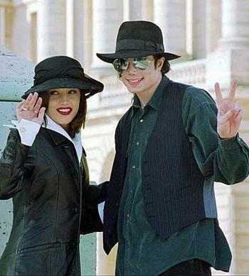 Michael And Lisa Mari In Paris Back In 1994 - Michael ...