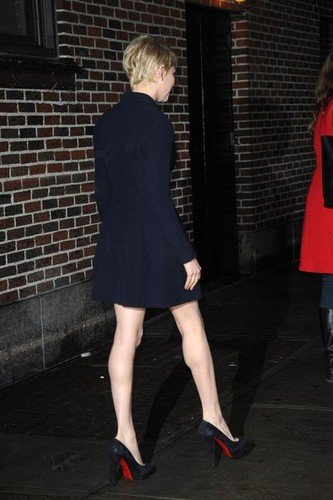 "Michelle Williams at the ""'Late Показать with David Letterman"" - (19 February 2013)"
