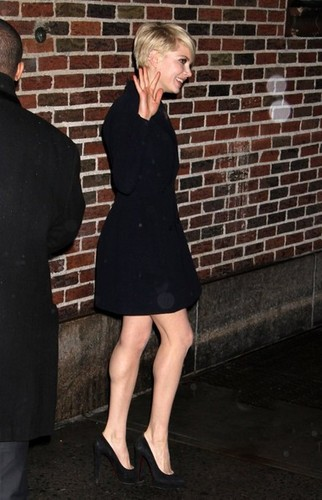 "Michelle Williams at the ""'Late mostra with David Letterman"" - (19 February 2013)"