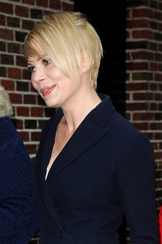 "Michelle Williams wallpaper with a business suit titled Michelle Williams at the ""Late Show with David Letterman"" - (19 February 2013)"