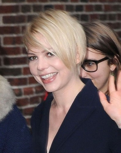 "Michelle Williams at the ""Late Показать with David Letterman"" - (19 February 2013)"