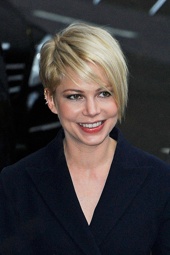 "Michelle Williams at the ""Late montrer with David Letterman"" - (19 February 2013)"