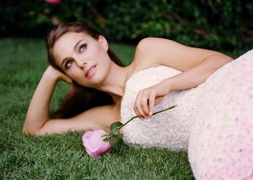 """Miss Dior 2013 - """"La Vie En Rose"""" Pictures"""