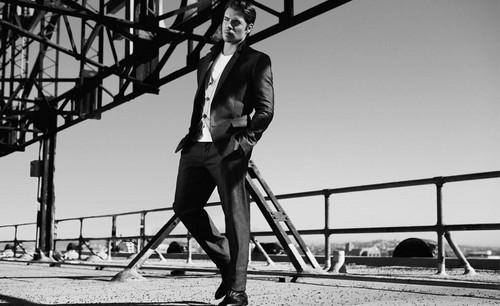 Josh Henderson karatasi la kupamba ukuta entitled Mr. Porter shoot.
