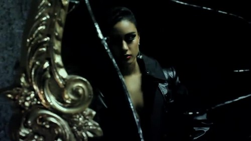 Natalia Kills- Mirrors {Music Video}