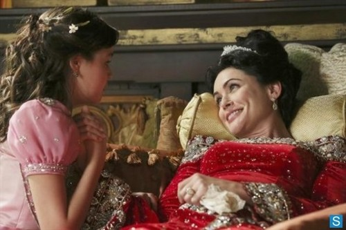 Once Upon a Time - Episode 2.15 - The Queen Is Dead - Promotional foto-foto