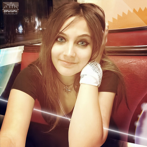 Paris Jackson Night Dating (@ParisPic)