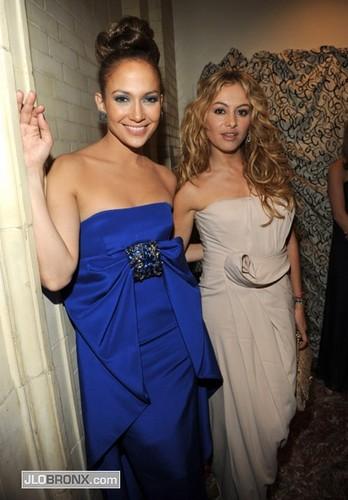 Paulina Rubio, Jennifer Lopez 2009