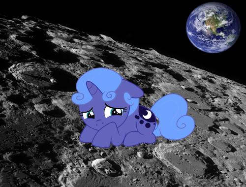 Poor Luna...