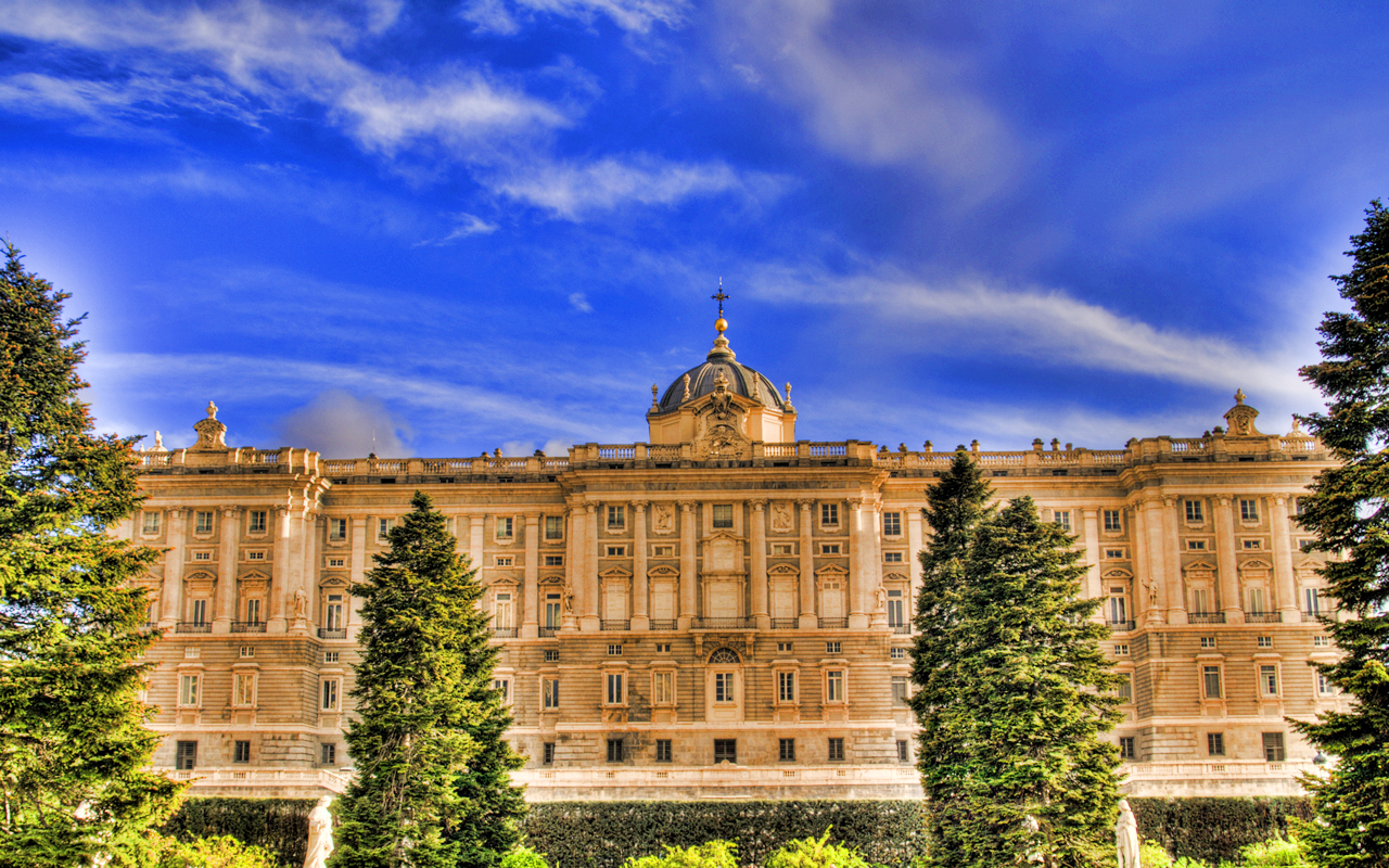 Royal Palace of Madrid - Spain Wallpaper (33604154) - Fanpop