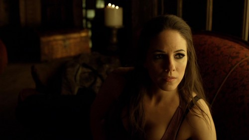 Lost Girl wallpaper possibly containing a portrait called S3E02