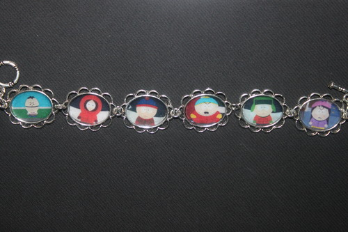 South Park Hintergrund entitled South Park bracelet