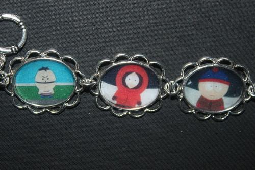 South Park Hintergrund entitled South Park bracelet