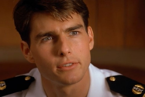 Tom Cruise wallpaper possibly with dress blues, regimentals, and battle dress called Tom