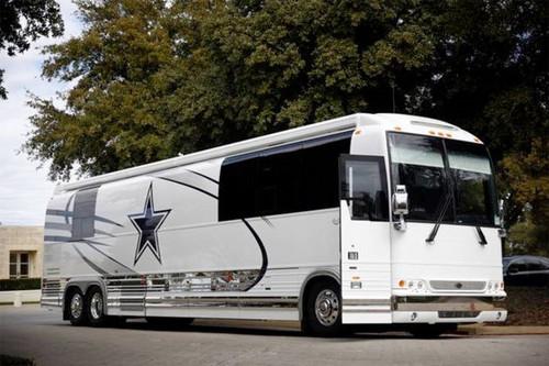 http://sports.yahoo.com/blogs/nfl-shutdown-corner/behold-cowboys-seven-figure-luxury-bus-elegant-lad
