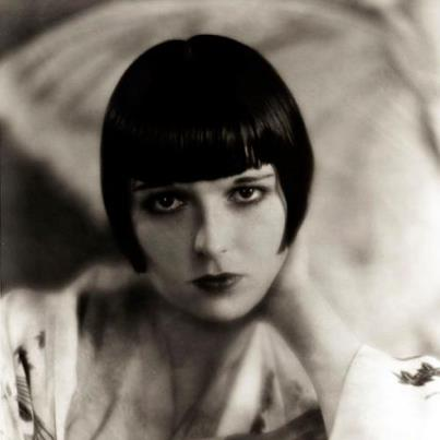 Louise Brooks Обои probably with a portrait entitled louise brooks