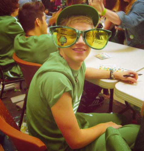 Niall Horan wolpeyper containing sunglasses entitled niall horan!