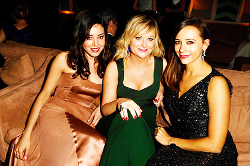 (2013 Vanity Fair Oscars Party) Aubrey with Amy Poehler and Rashida Jones