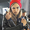 Cara Delevingne фото possibly with a green берет and a стрелок called <3