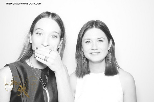 Bonnie Wright wallpaper possibly with a well dressed person called 2013 - LoveGold Celebrates the Oscars Digital PhotoBooth