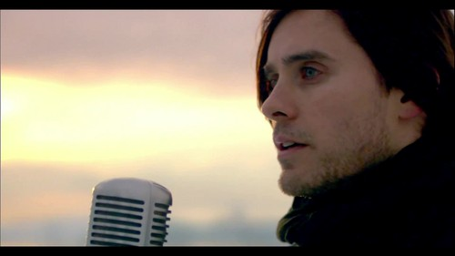 30 saat To Mars - A Beautiful Lie {Music Video}