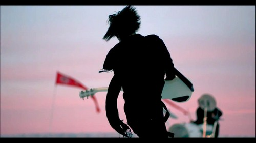 30 segundos To Mars - A Beautiful Lie {Music Video}