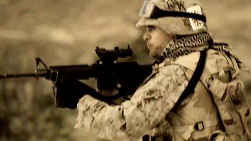 30 detik To Mars- This Is War {Music Video}