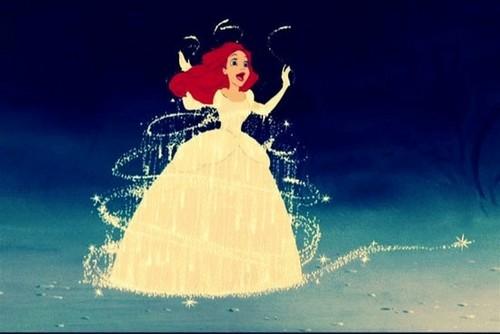 Ariel as সিন্ড্রেলা