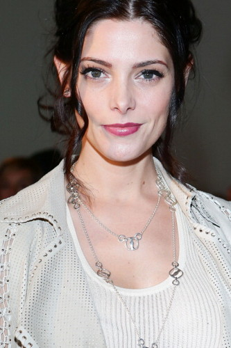 Ashley at Milan Fashion Week: Ferragamo Collection [24.02.13]