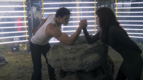 BDp2 DVD Bonus // Arm Wrestling