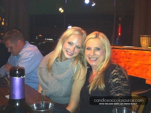 Candice at a family abendessen [23/02/13]