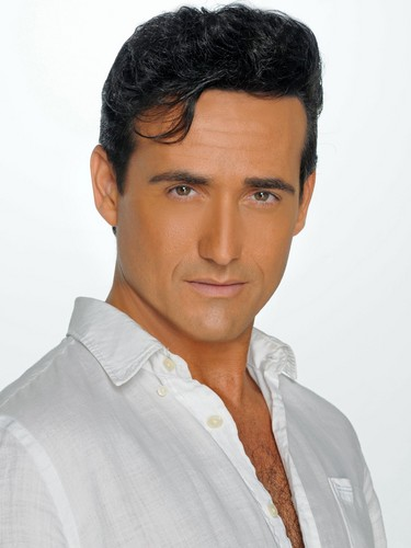 Il Divo wallpaper probably with a portrait entitled Carlos Marin