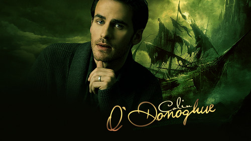 Colin O'Donoghue দেওয়ালপত্র with a sign called Colin O'Donoghue ♥