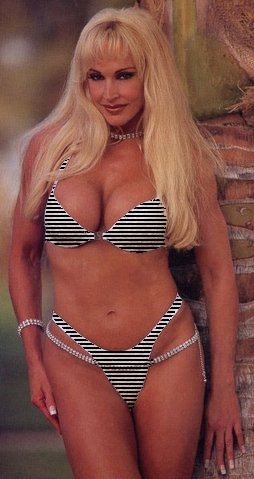 Frühere WWE-Diva… Debra Hintergrund containing a bikini titled Debra - Special Guest Referee