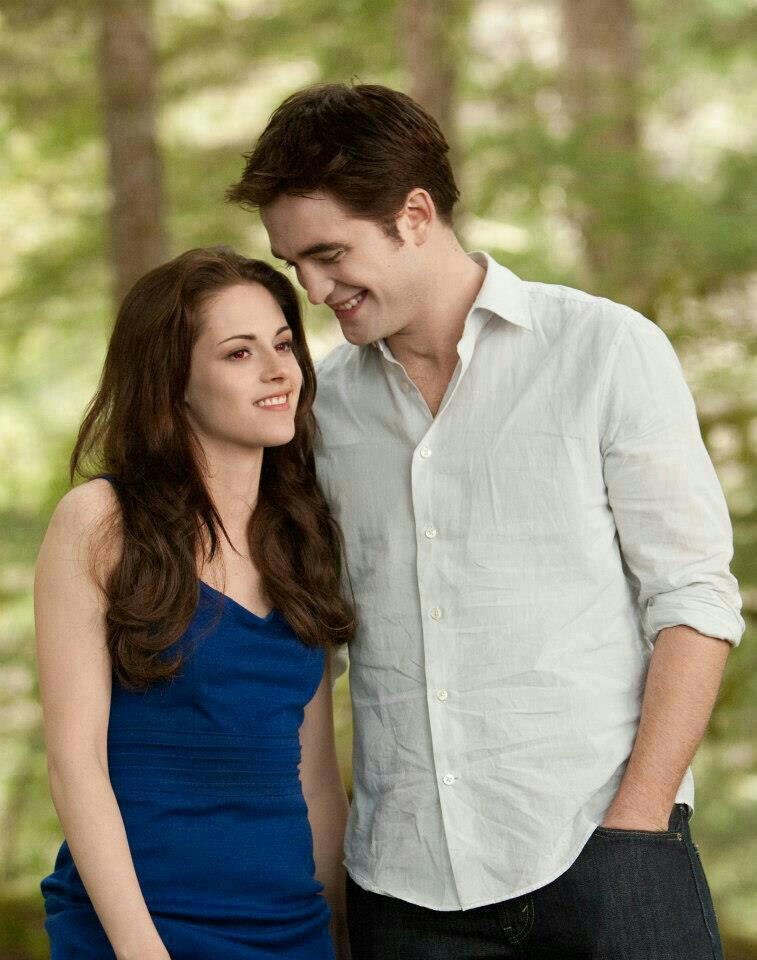 Is edward and bella from twilight dating in real life