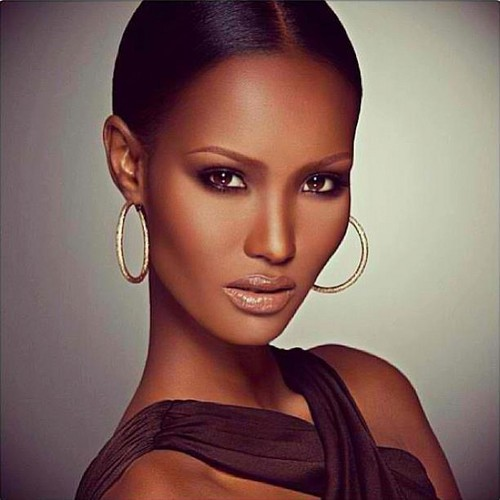 America's Next Top Model wallpaper probably containing a portrait called Fatima Siad C10