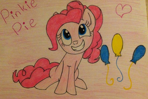 First time drawing Pinkie :D