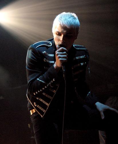 Gerard Way wallpaper titled Gerard Way!